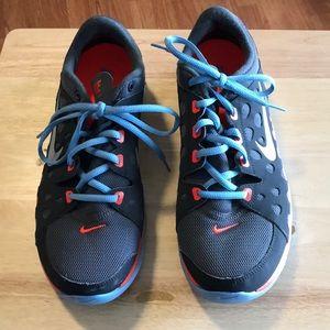 EUC Nike Training Shoes size 8
